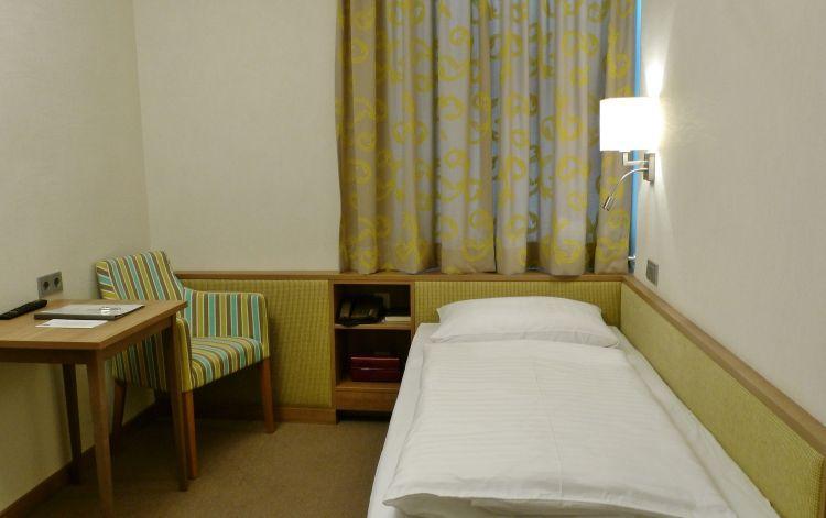 10-zimmer-hohenstauffen-hotel-salzburg.jpg