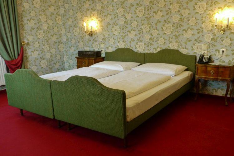 23-zimmer-hohenstauffen-hotel-salzburg.jpg