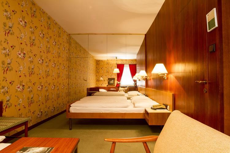 323_1-zimmer-hohenstauffen-hotel-salzburg.jpg